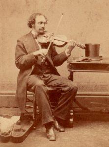 Fiddler Top Hat Open Coffin Case Late 1860s courtesy of Shlomo Pestcoe